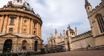 VANBURGH HOUSE HOTEL PUTS BEST FOOT FORWARD FOR OXFORD WITH BESPOKE WALKING TOURS